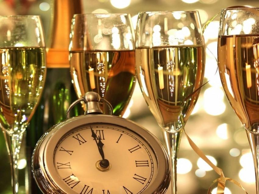 Новый год в Гостиничном комплексе Малибу