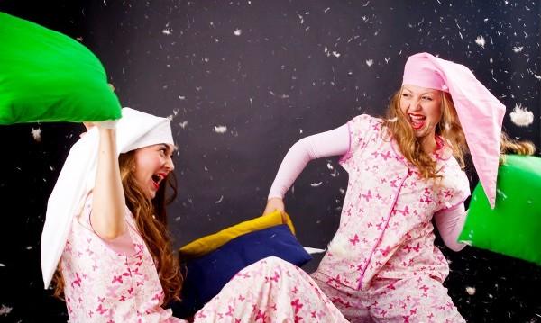 Как встретить Новый год 2014 дома: пижамная вечеринка