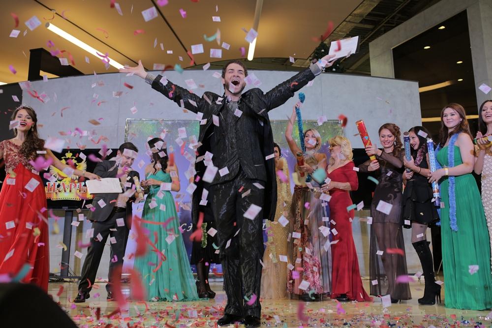 Владимир Брилев и финалистки конкурса Rich@Club TOP 100 самых красивых девушек Москвы