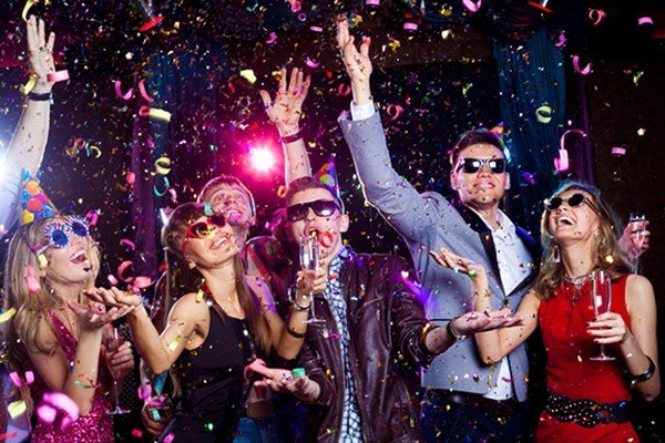 Три варианта празднования Нового 2017 года3
