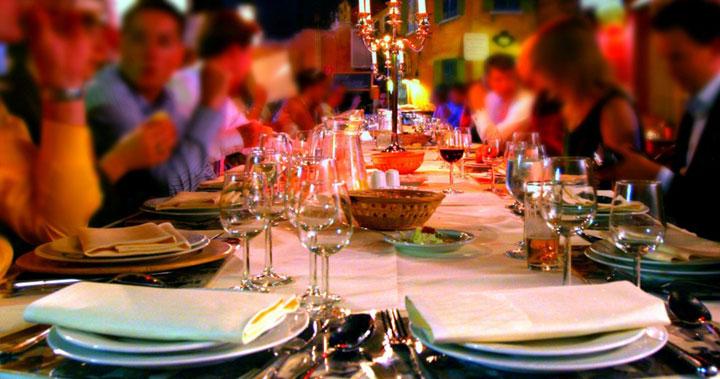Новогодняя ночь в ресторане плюсы и минусы2