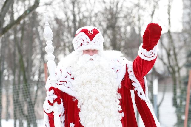 Дед Мороз, ты кто? И зачем?