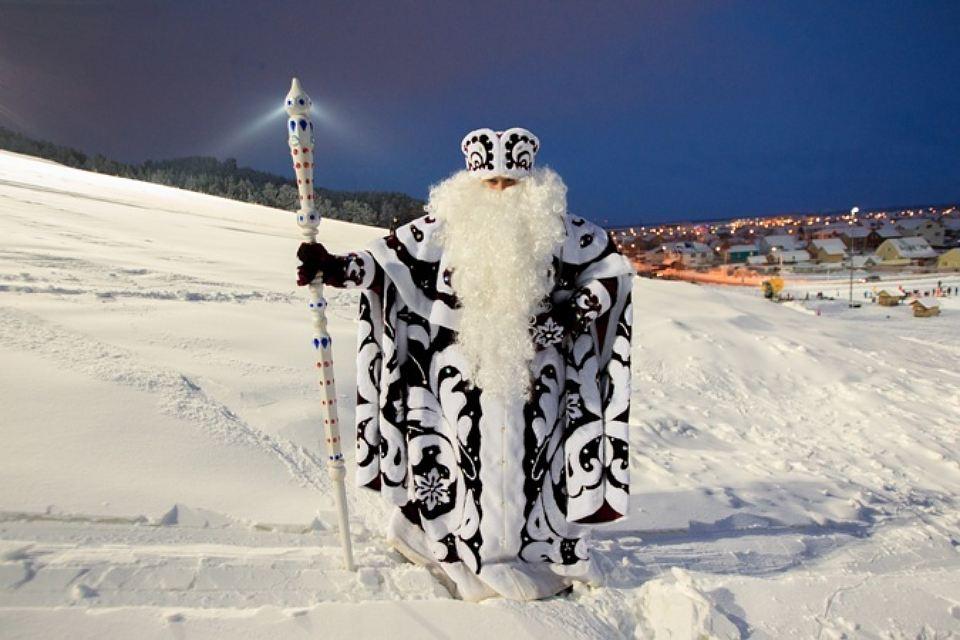 Как выглядит и одевается Дед Мороз2