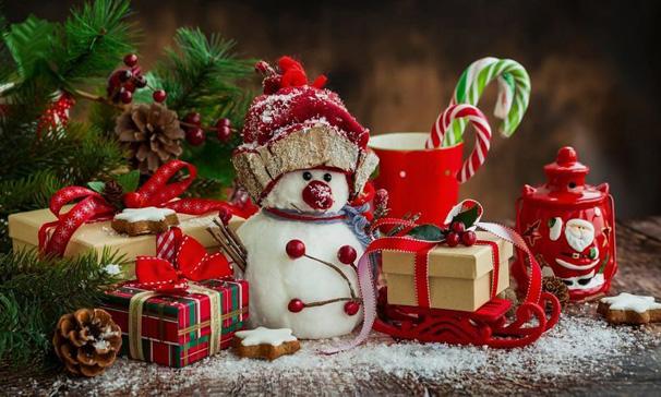 Новогодний офис-2018: особые признаки и приметы