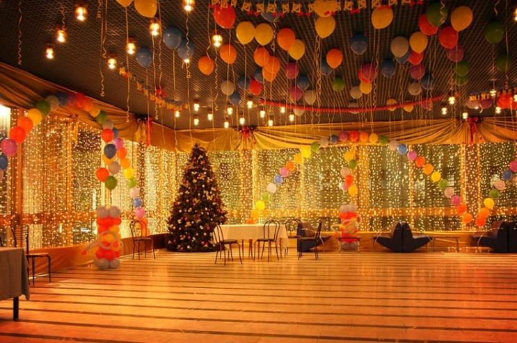 6 характерных особенностей и правил новогоднего корпоратива2