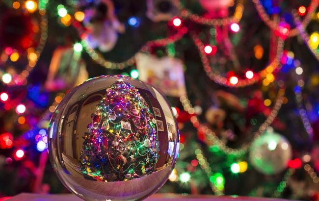 6 характерных особенностей и правил новогоднего корпоратива