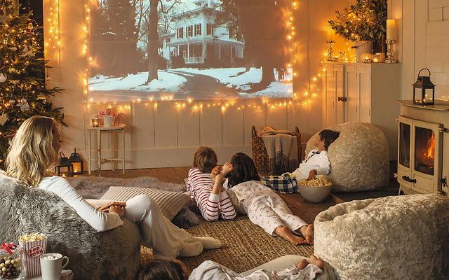 Отличные российские фильмы для новогоднего просмотра: ТОП-10 по версии 4banket.ru