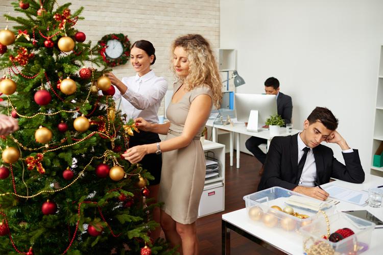 Новогодний корпоратив 2021-2022: не выходя из офиса