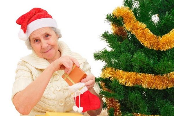 Что подарить бабушке на новый год фото