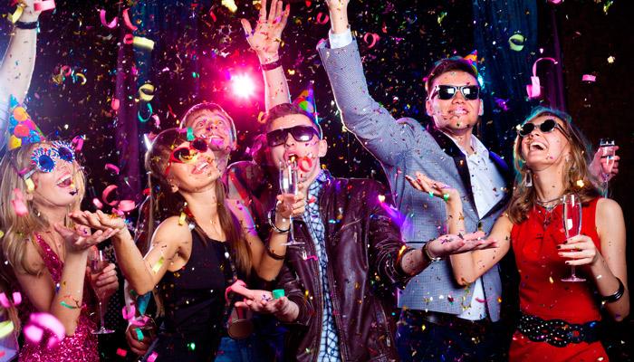 Праздник для в взрослых в новый год